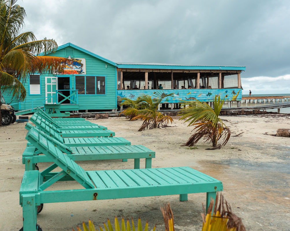 Rainbow Bar and Grill Belize